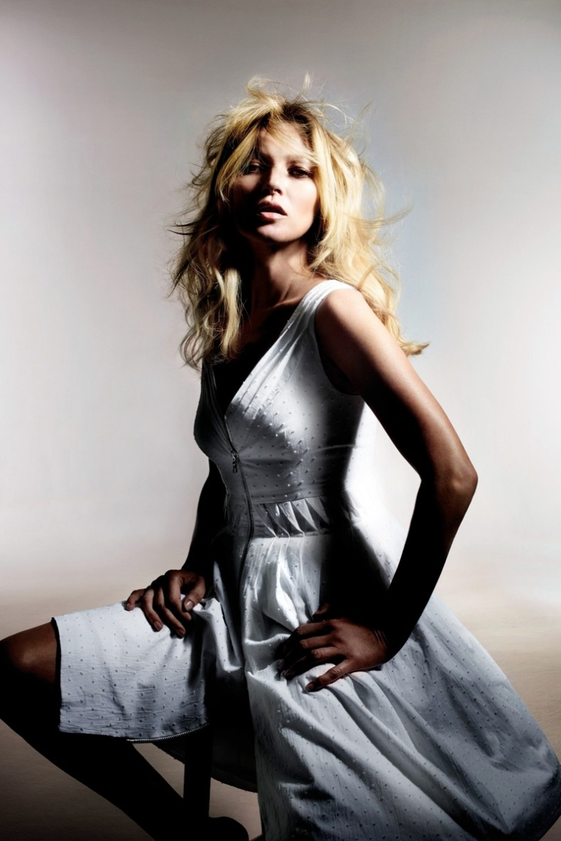 kate-moss-for-topshop-spring-2014-lookbook6.jpg.pagespeed.ce.bcROzyAhrQ