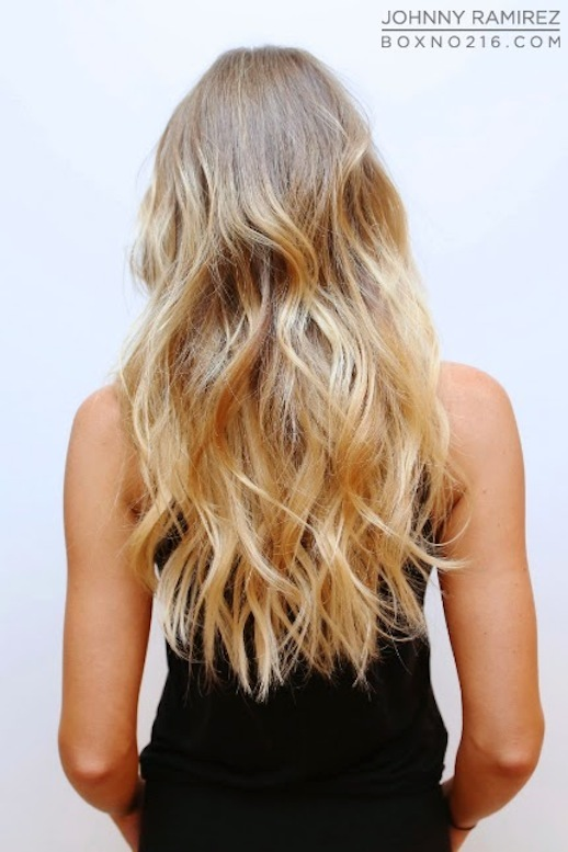 2-Le-Fashion-Blog-17-Inspiring-Long-Hairstyles-Wavy-Blonde-Highlights-Johnny-Ramirez-Via-Box-No-216