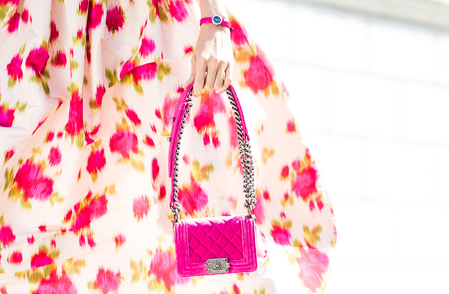 embedded_chanel-fuchsia-boy-bag