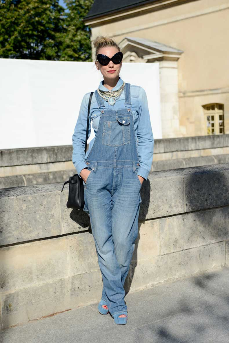 statement-necklace-and-overalls-via-fabsugar