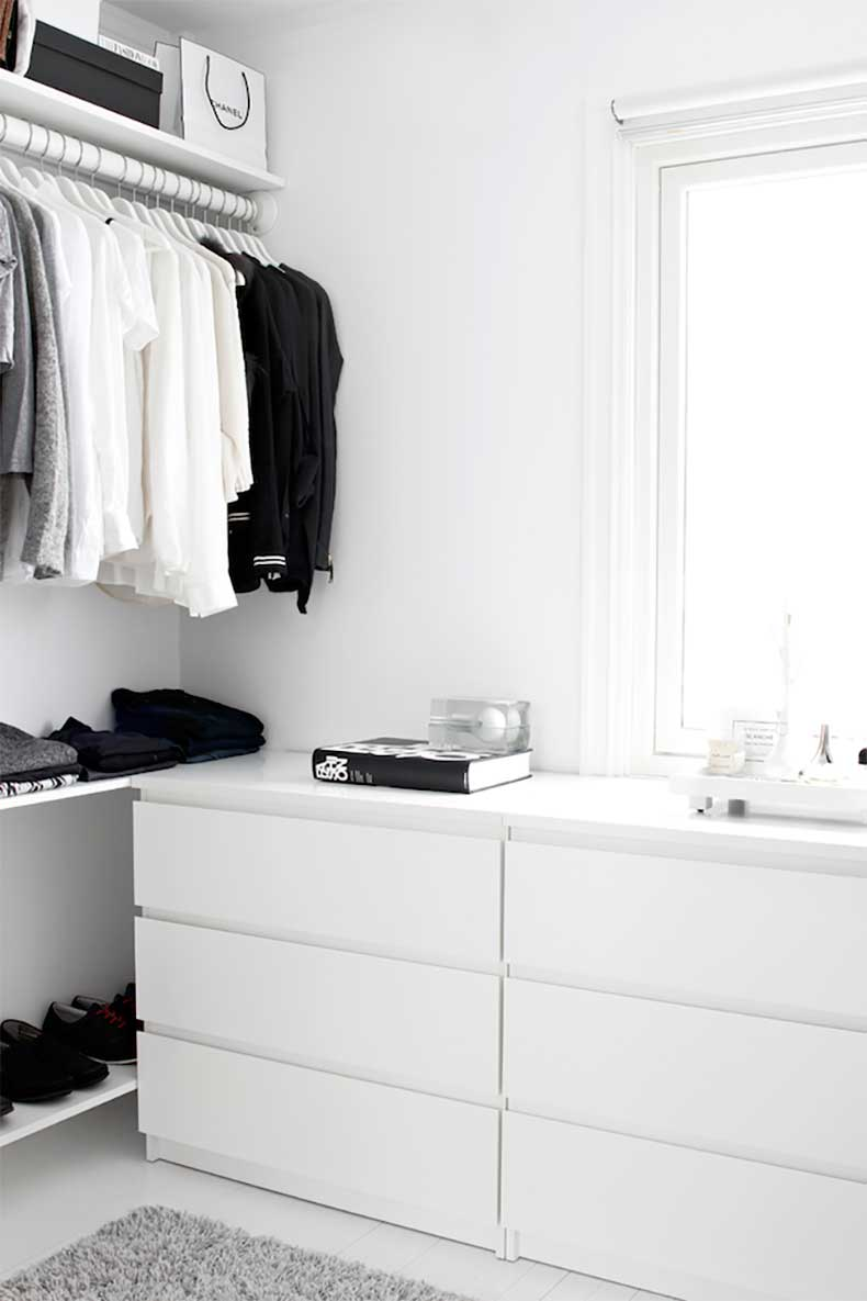 7-Le-Fashion-Blog-A-Fashionable-Home-Minimal-Bright-Walk-In-Closet-Scandinavian-Minimal-Interior-Design-Drawers-Via-Stylizimo