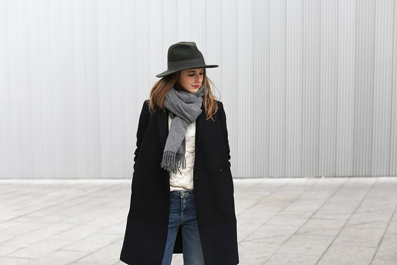 Clochet-streetstyle-acne-jeans-pop-betty-aran-knit-adidas-stansmith-cos-coat-2