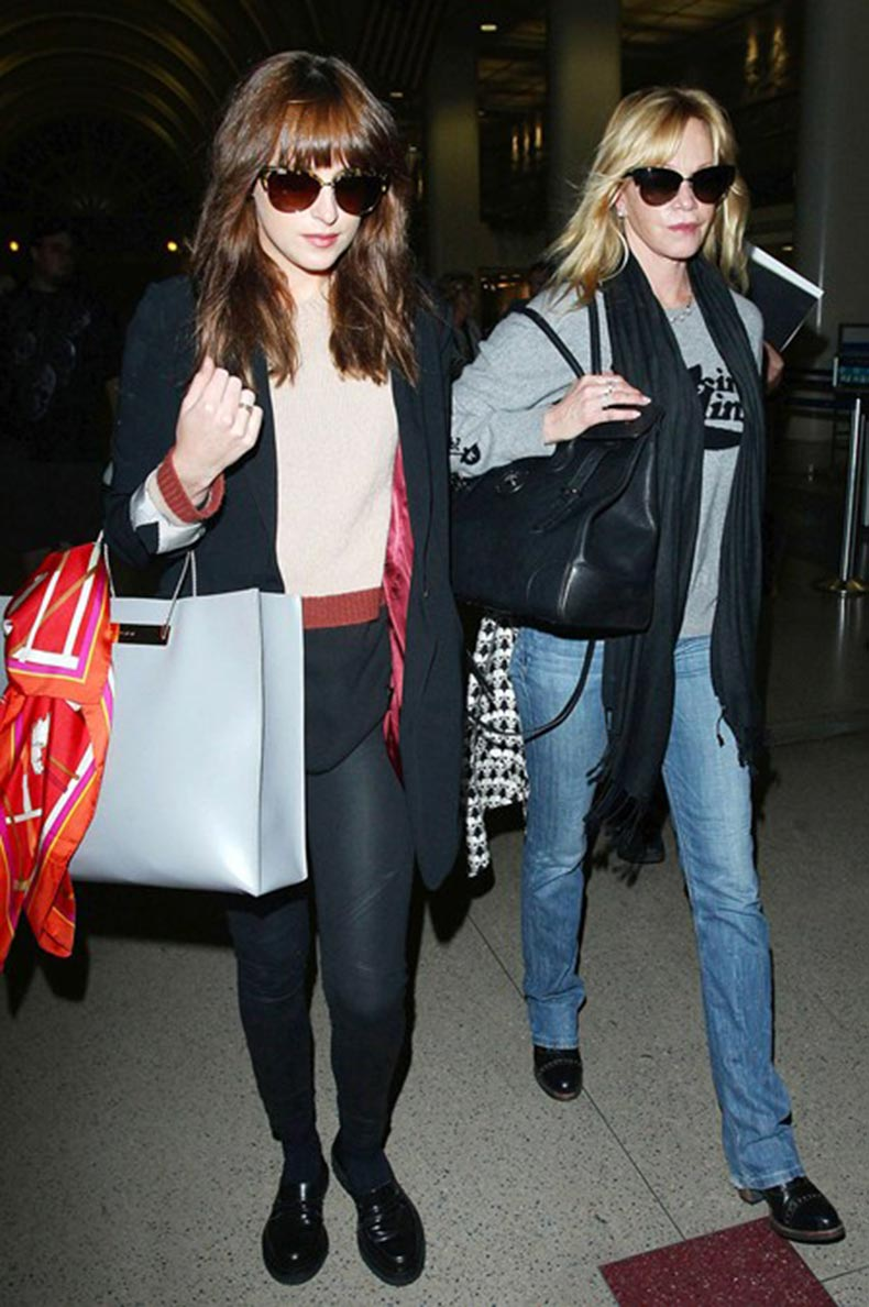 Dakota-Johnson-and-Melanie-Griffith_glamour_20oct14_rex_b_449x675