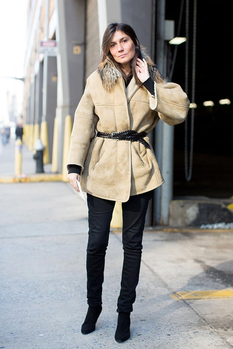Emmanuelle-Alt-didnt-complicate-her-Winter-look-just-showcased