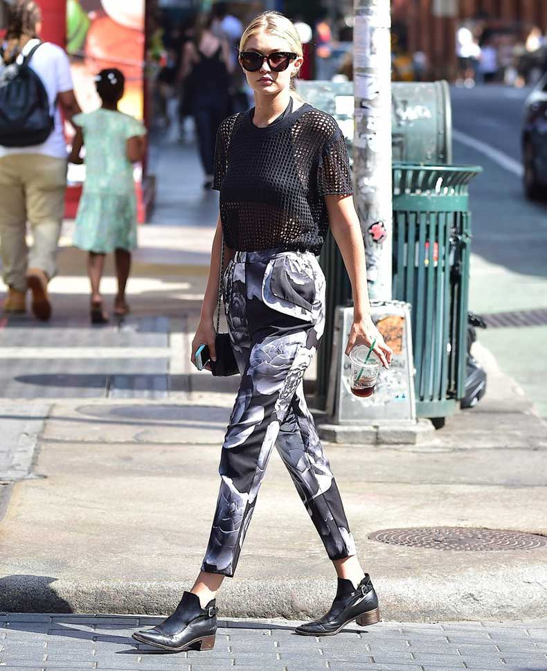 Gigi-stepped-up-her-casual-style-printed-pants-polished