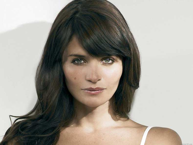 helena-christensen-beautiful