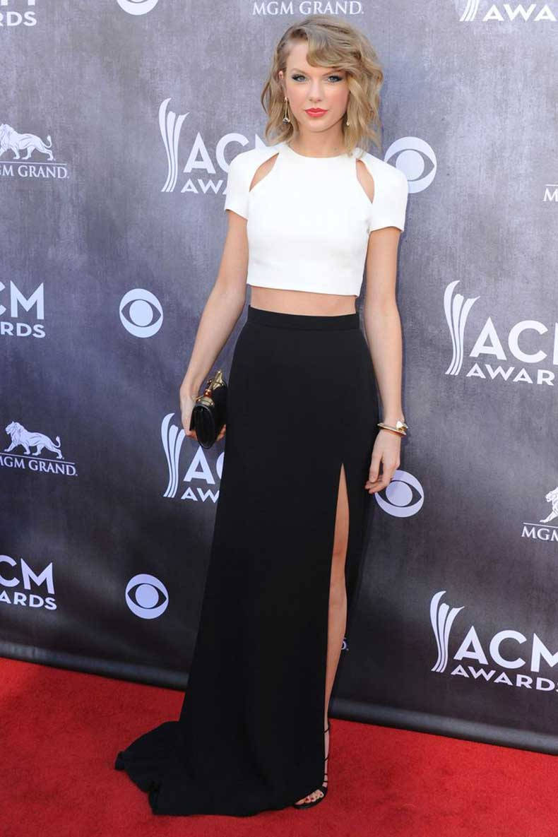 red-carpet-crop-top-and-highwaisted-skirt