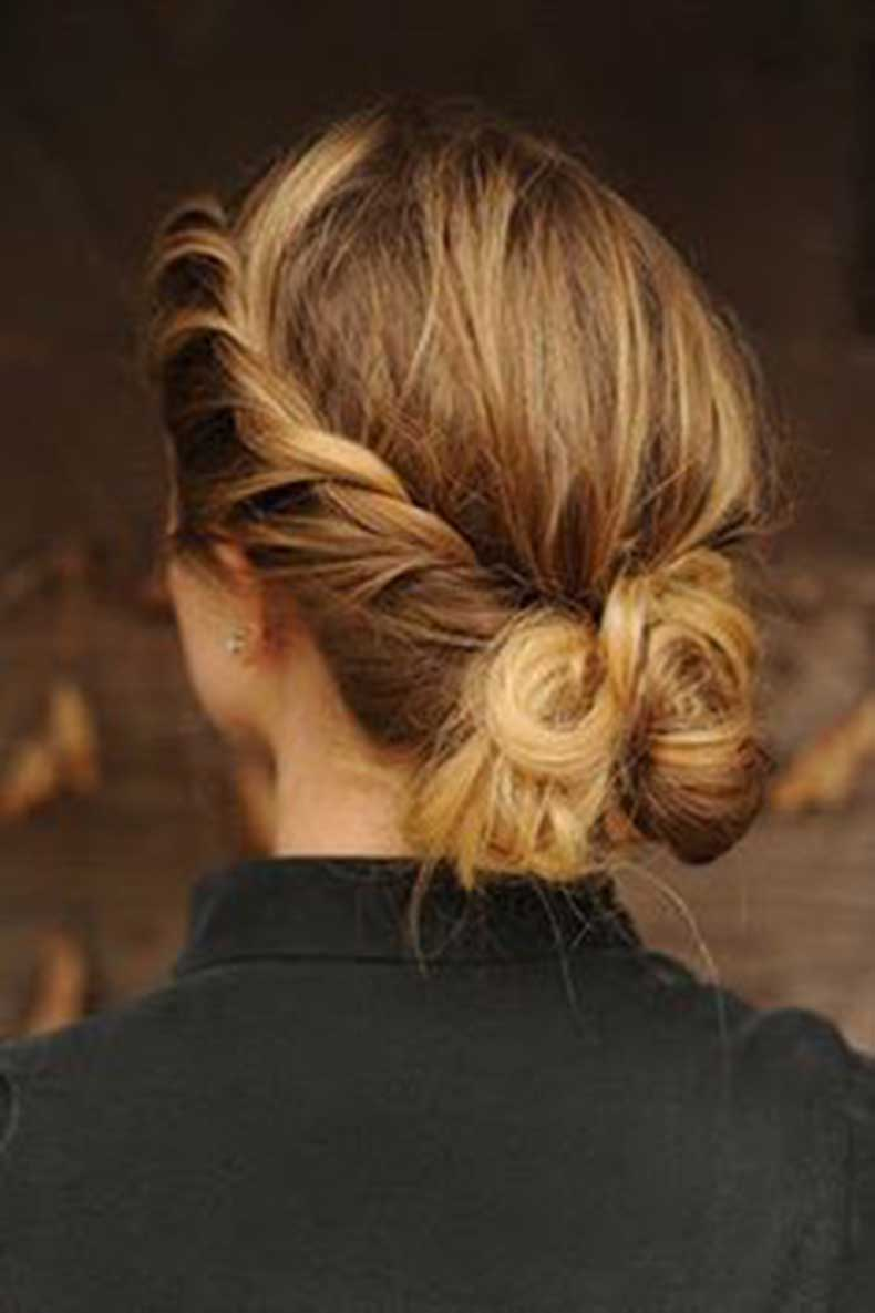 Twisted-Low-Bun-for-Summer