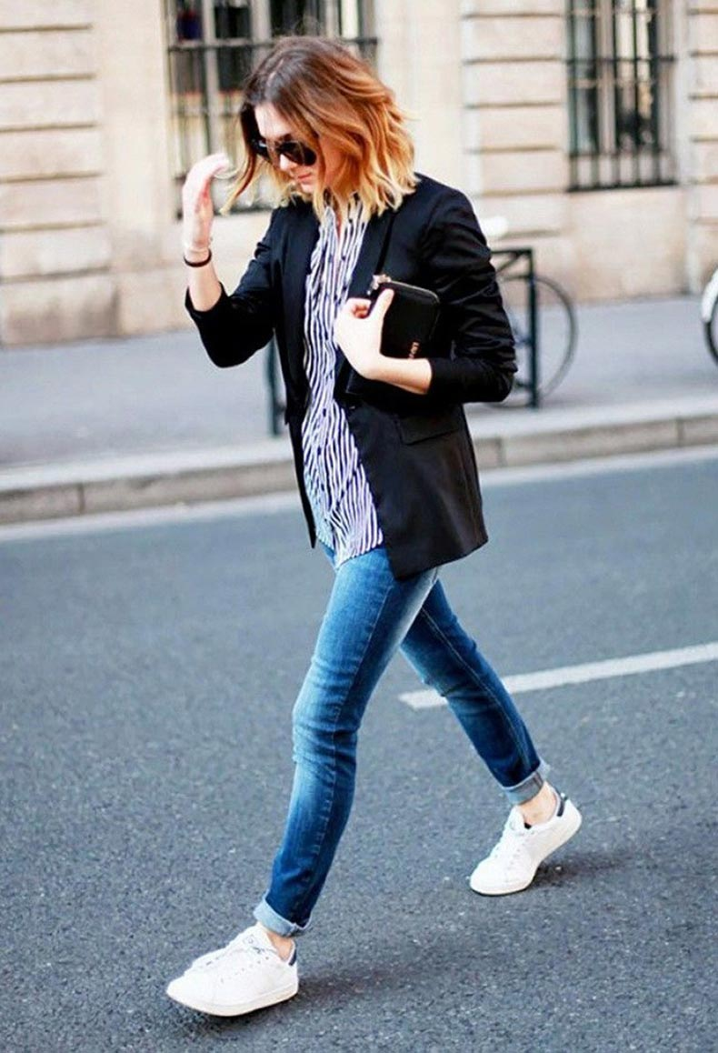 What-To-Wear-With-Adidas-Trainers-and-Sneakers-For-Women-Chic-Street-Style-18-700x1026