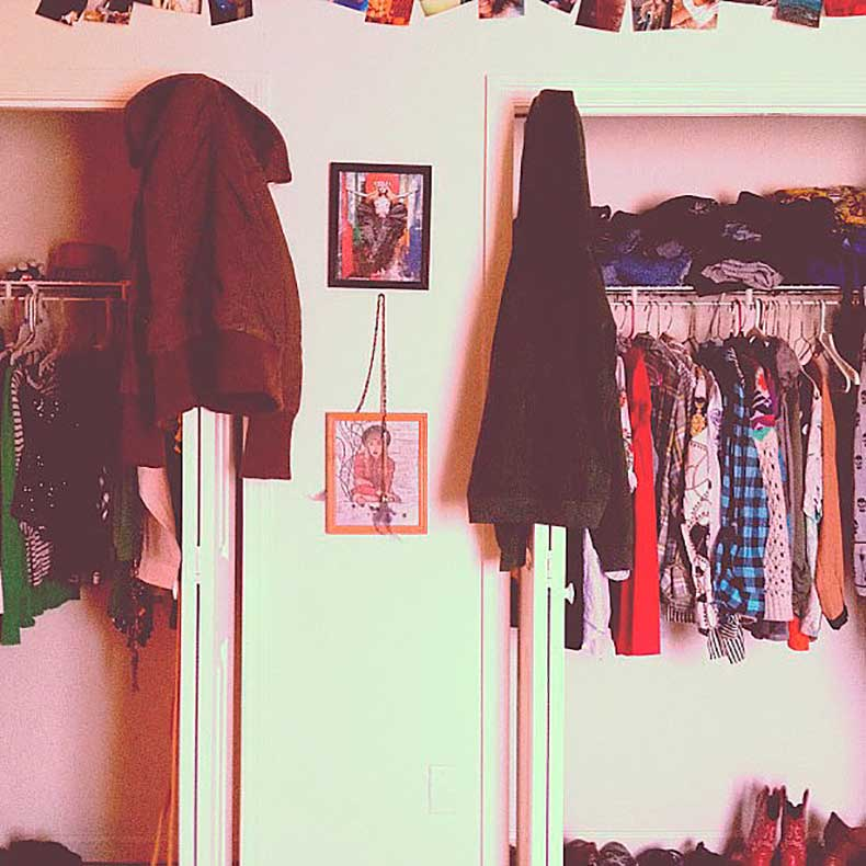 one-thing-makes-great-closet-when-reflects
