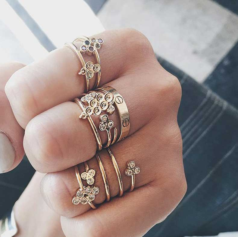 Stacked-Honeycomb-Rings