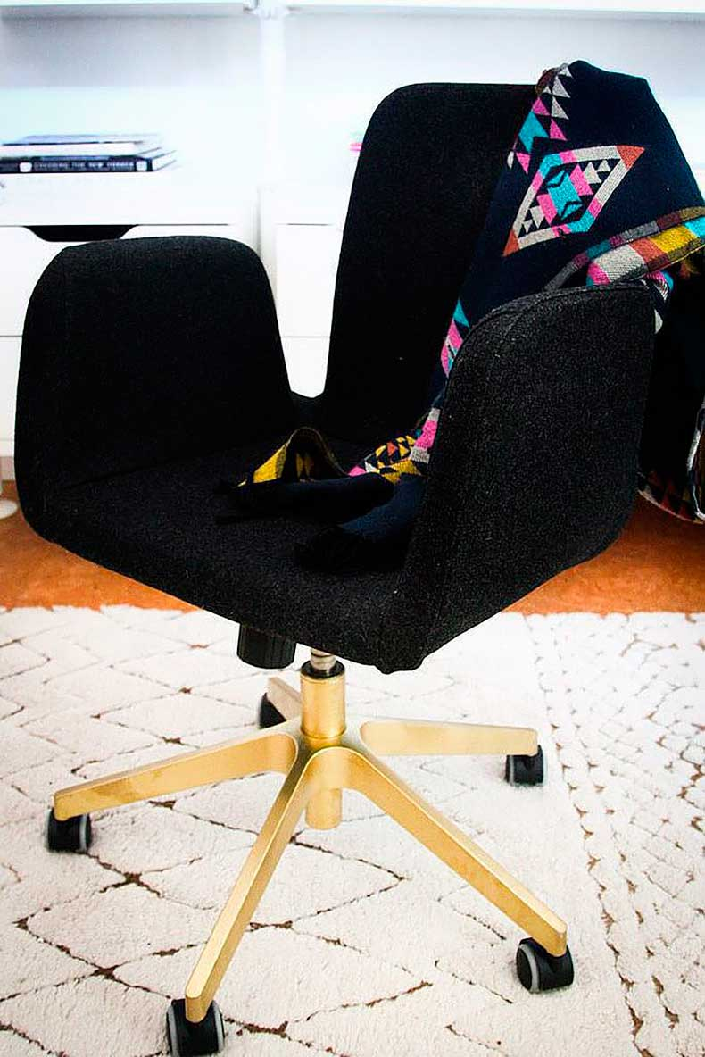 Even-most-lackluster-office-chair-can-star-your-work
