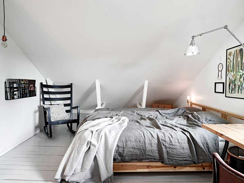 Oracle-Fox-Sunday-Sanctuary-Elsewhere-Small-Apartment-living-Alternative-Scandinvian-Interior-10