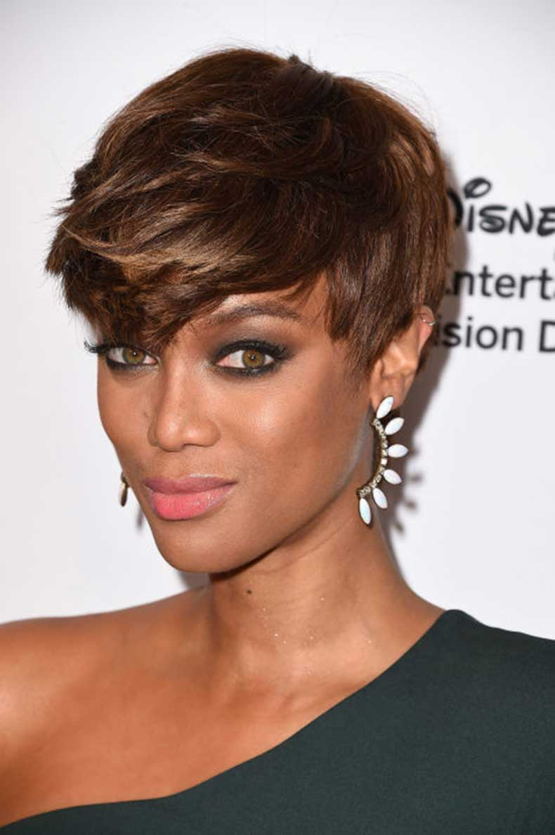 gallery-1447174554-tyra-banks