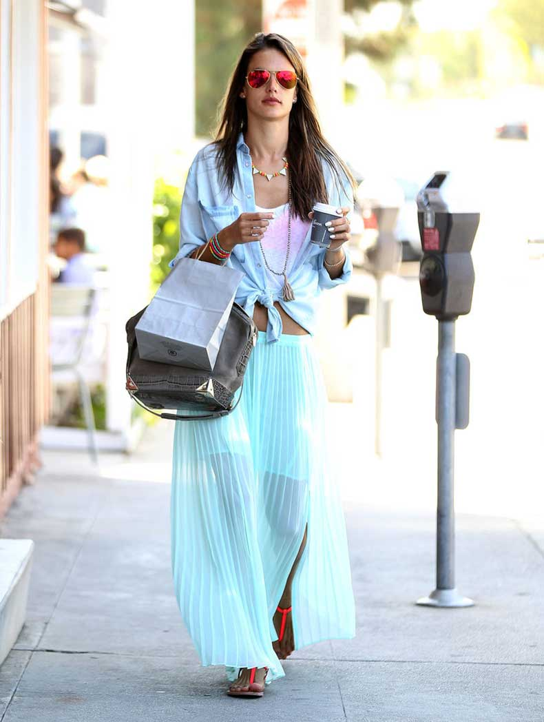 Alessandra-Ambrosio-colored-streets-Brentwood-CA-minty