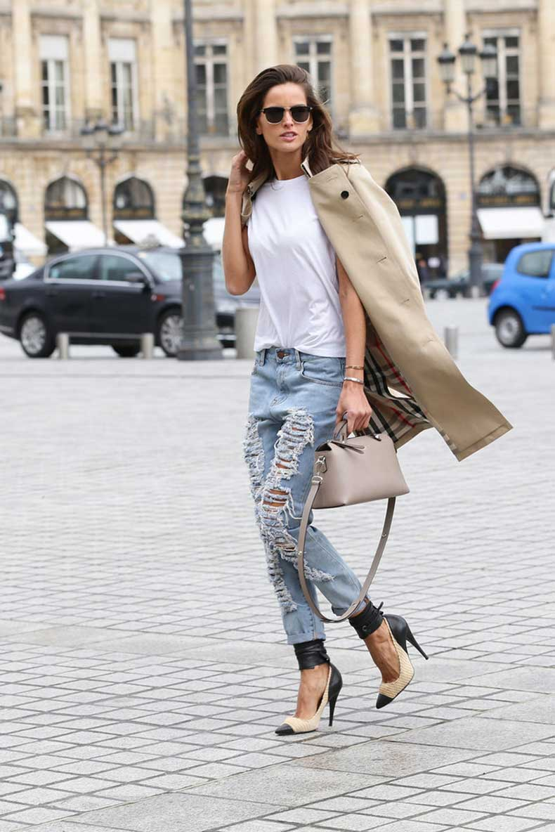 Izabel-Goulart-went-ultraripped-jeans-wearing-them