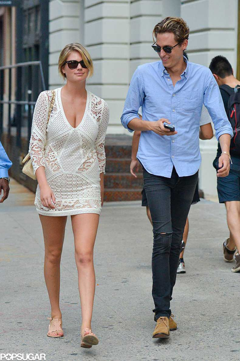 Kate-Upton-put-her-sexy-Summer-style-display-crochet