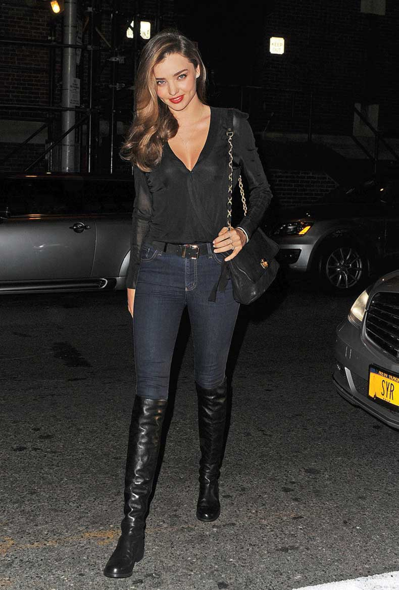 Miranda-Kerr-matched-NYC-night-dark-skinny-denim-black