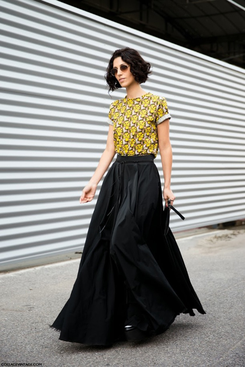 STREET-STYLE-Black-Statement-Maxi-Skirts-1