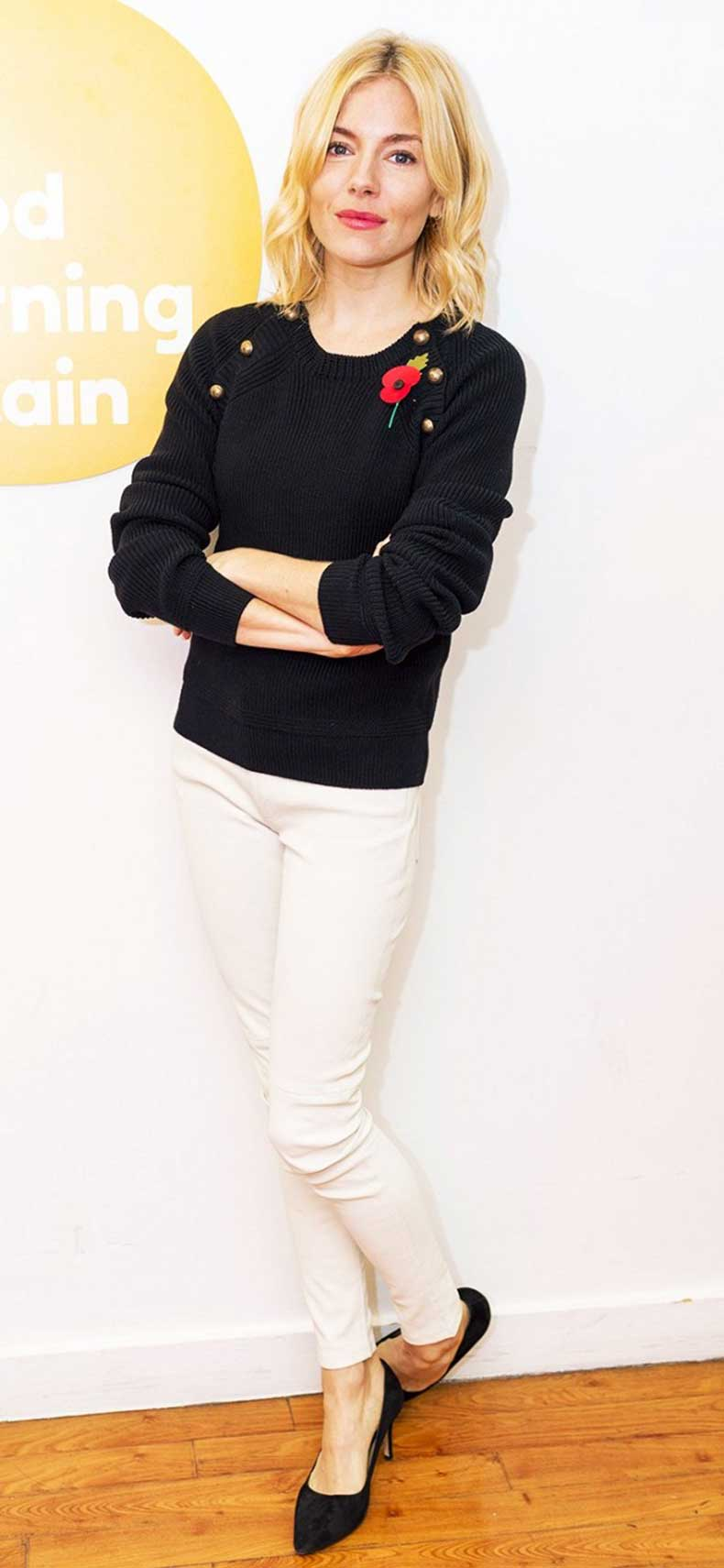 trend-report-button-shoulder-sweaters-1586993-1449534930.640x0c