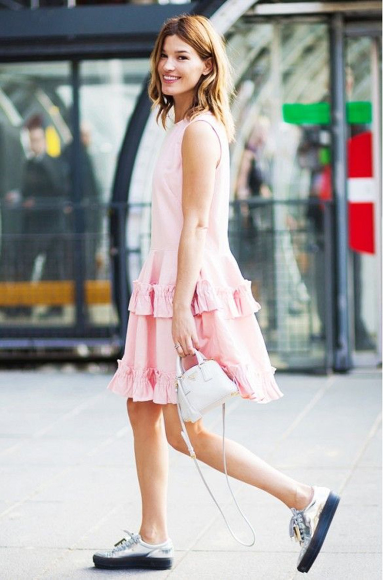 39-Ways-To-Wear-Sneakers-In-Summer-Street-Style-Guide-32