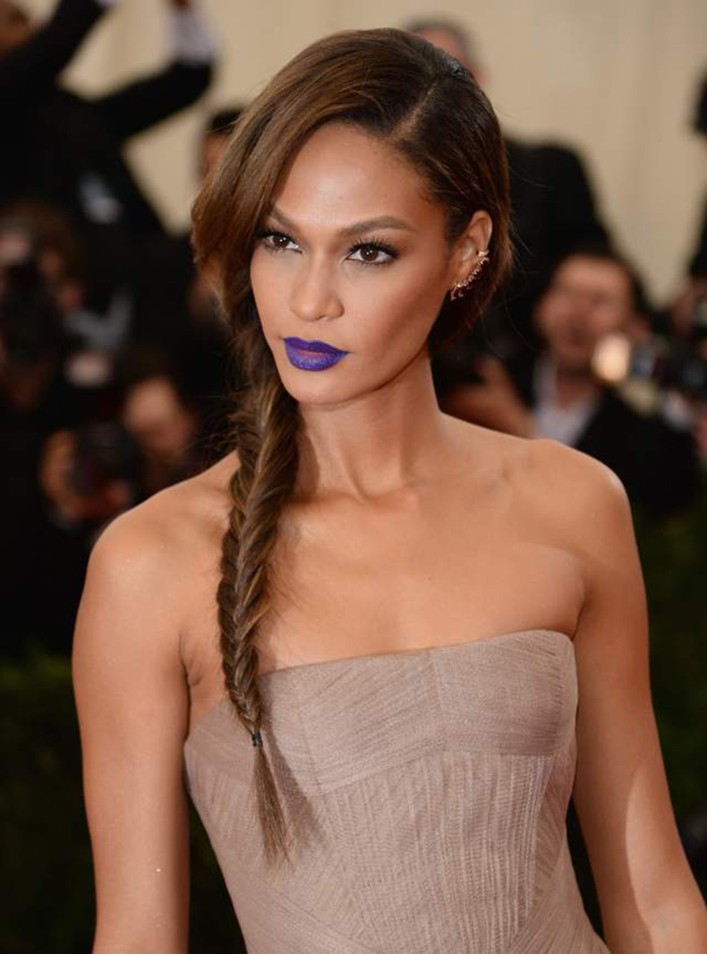 Joan-Smalls-Met-Gala-Purple-Lipstick