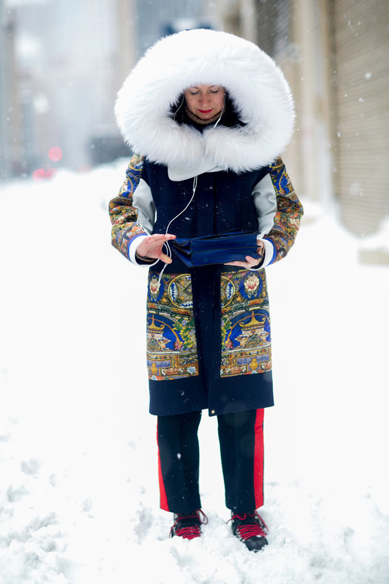 Winter-storms-exactly-why-make-coats-luxurious