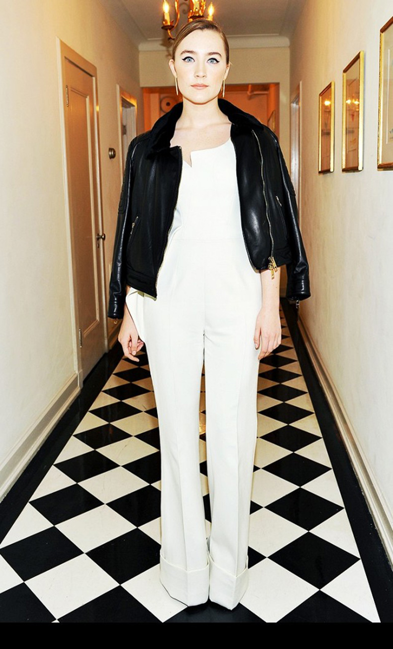 the-new-it-girl-thats-on-every-best-dressed-list-1667517-1456174633.640x0c
