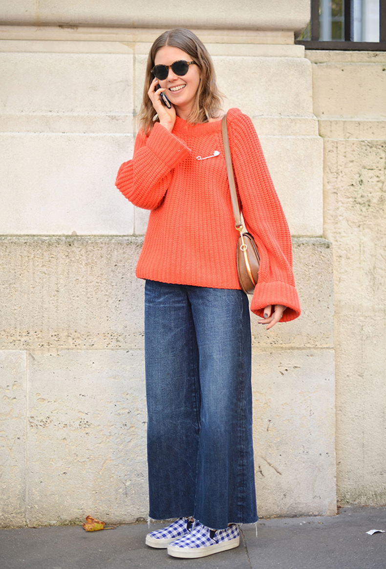 how-to-wear-orange-outfit-10