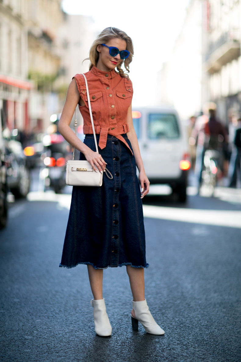 how-to-wear-orange-outfit-street-style-01