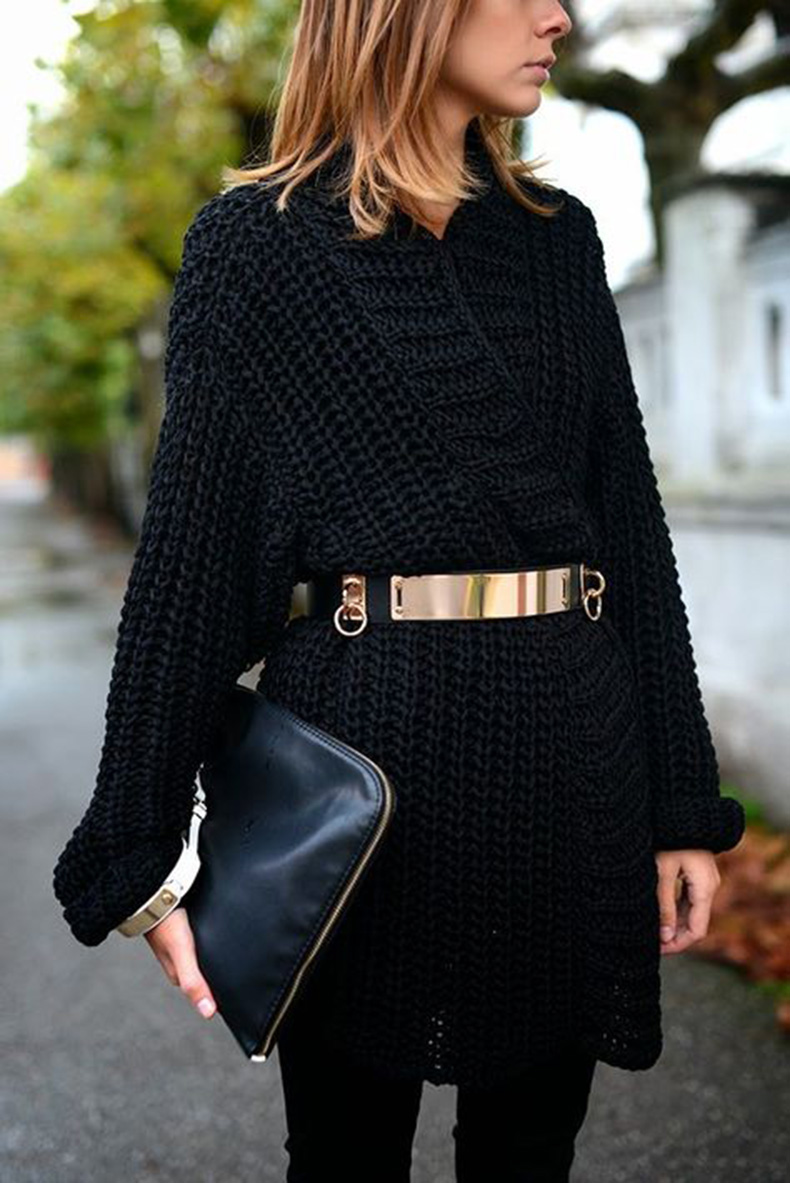 belted-sweater-all-black-gold-oversized-clutch-going-out-winter-layers-polar-vortex-via-thesimplyluxriouslife.com_