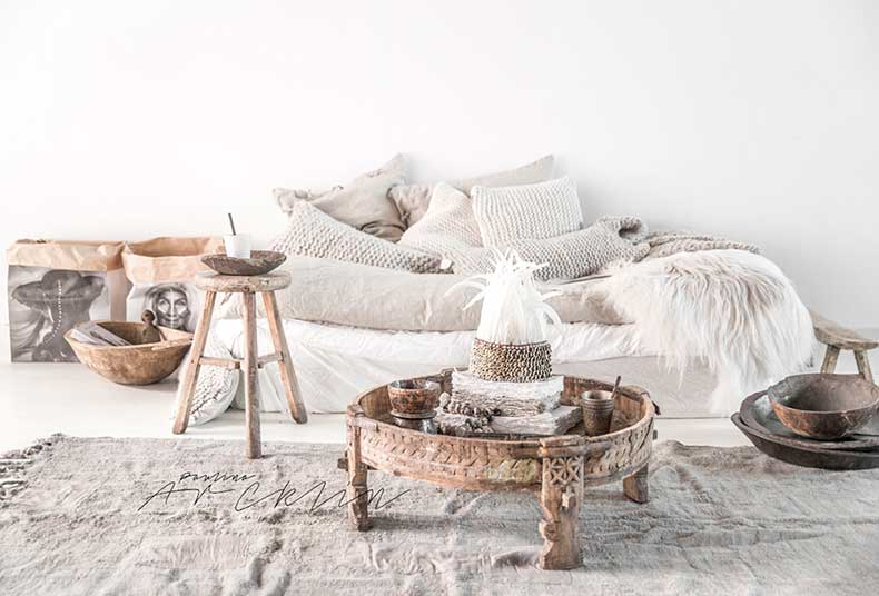 Knitted-cushions-white-interiors