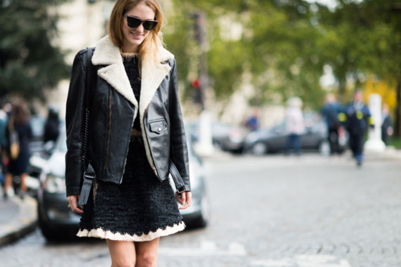 shearling-moto-jacket-black-and-white-black-tweed-dress-fringe-frayed-texture-paris-fashion-week-street-style-fall-fashion-elle-fall-work-outfit-640x426