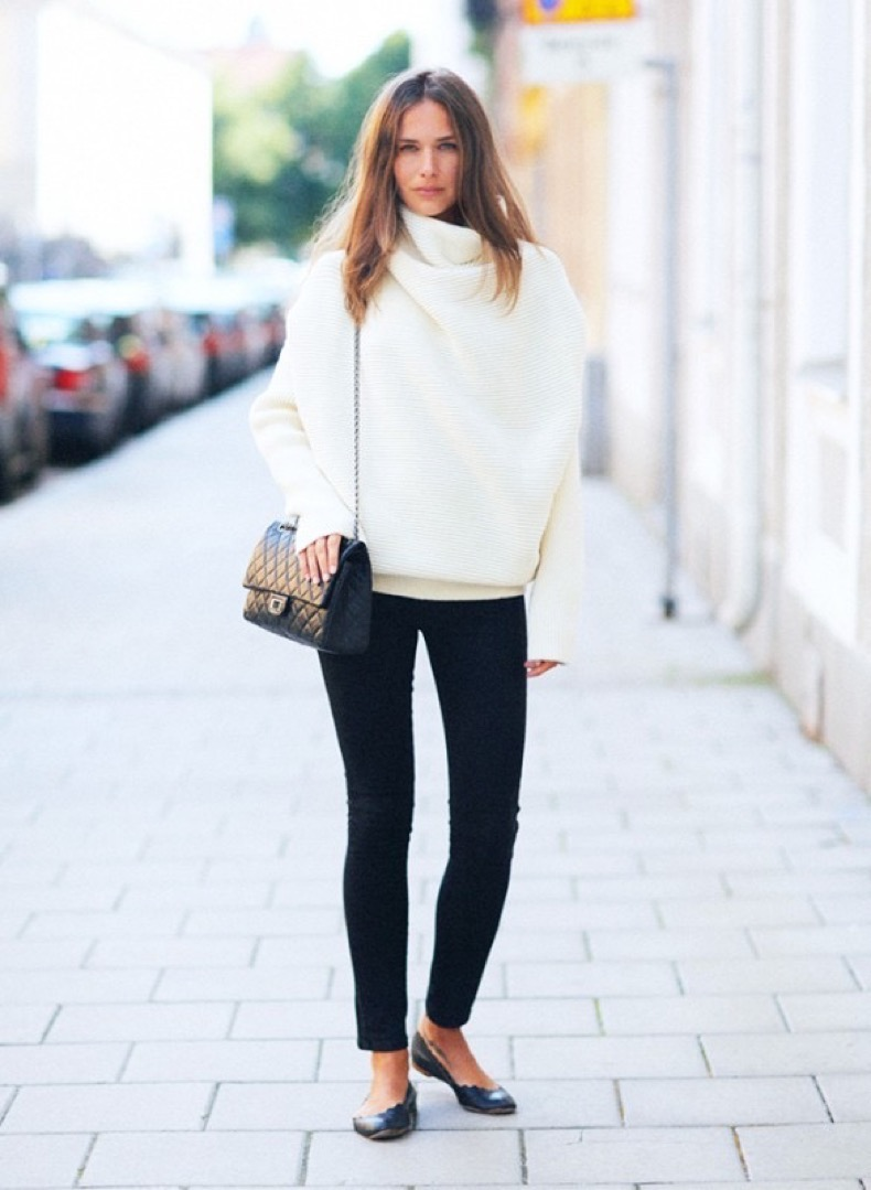 black-and-white-winter-turtlneck-sweater-black-skinny-pants-ballet-flats-via-stockholm-street-style