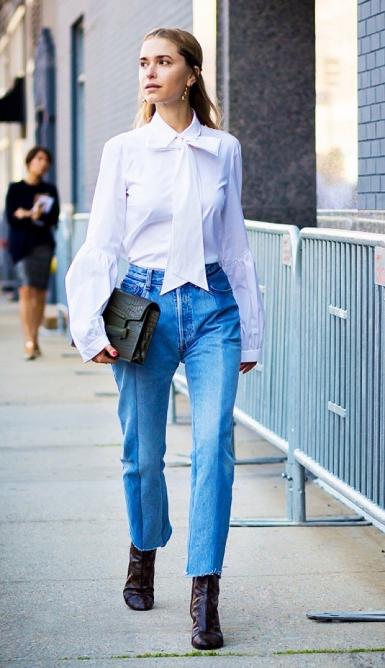 bow-blouse-cropped-jeans-and-booties-frayed-denim-hemlines-hems-mom-jeans-work-outfits-night-out-giong-out-style-du-monde