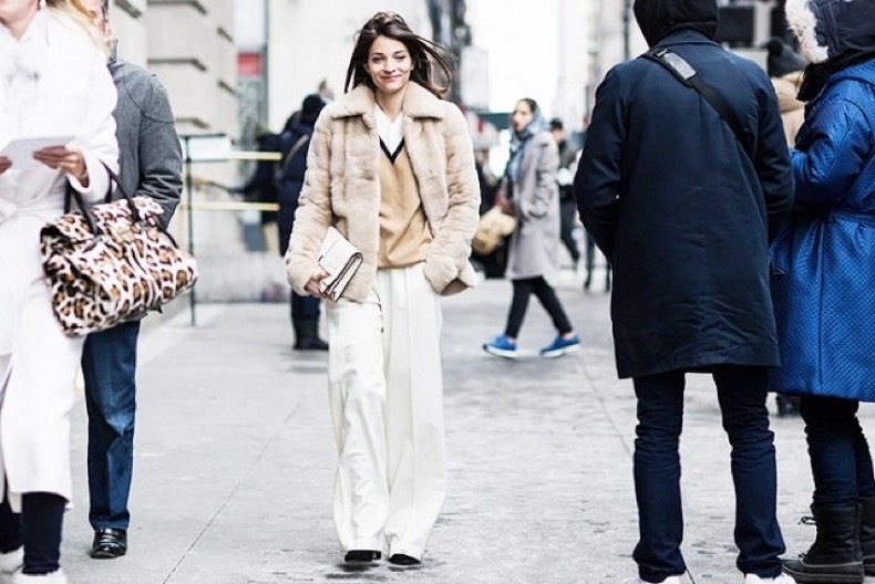 witner-work-outfit-winter-neutrals-fur-coat-sweater-over-shirt-white-wide-leg-pants-maria-duenas-a-love-is-blind