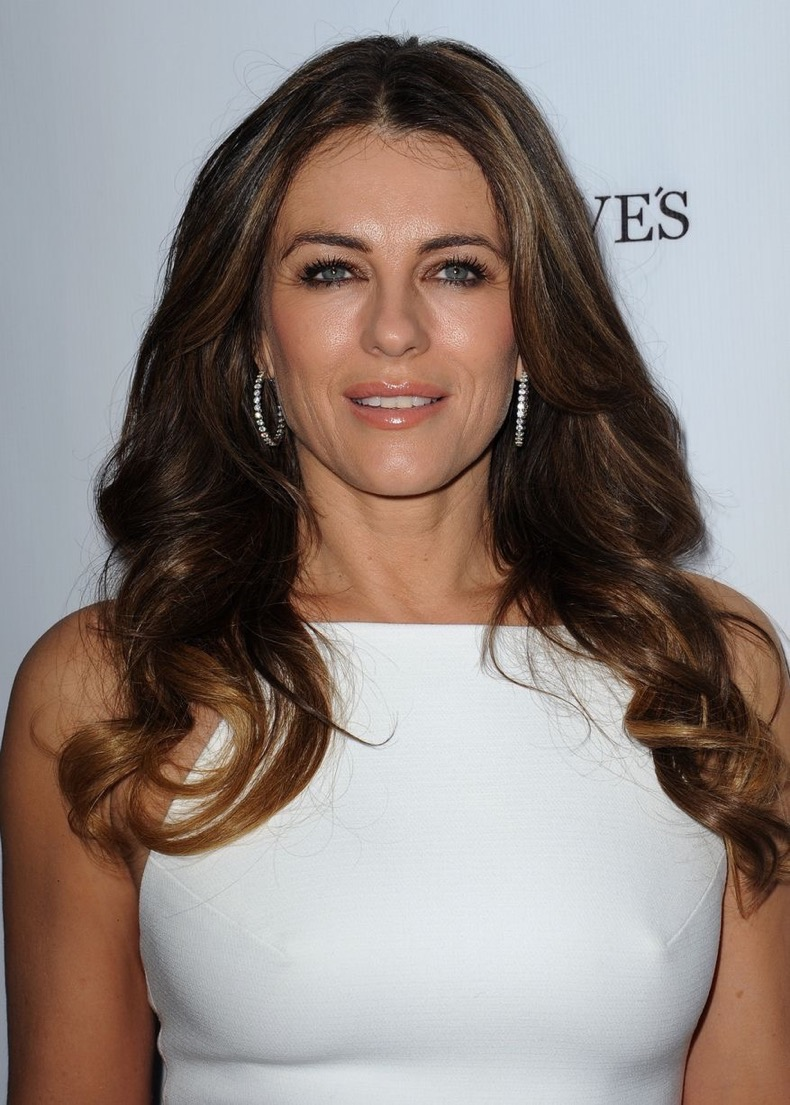 Elizabeth-Hurley-at-the-Genlux-Issue-Release-Party