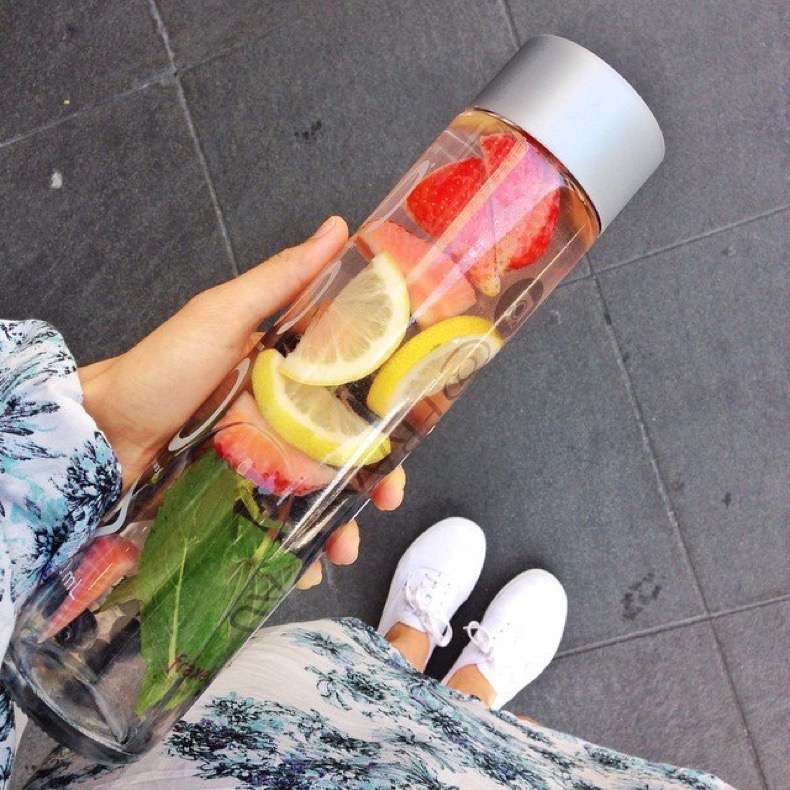 week-we-were-sipping-fruit-infused-detox-water
