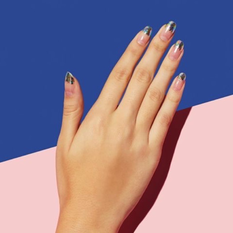 elle-french-tip-nails-manicure-paintbox