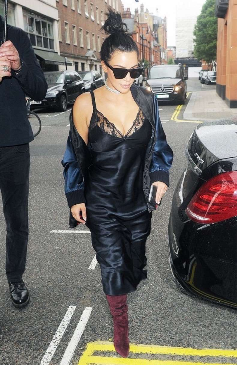 the-2-piece-going-out-look-celebrities-swear-by-1791977-1464915728-600x0c