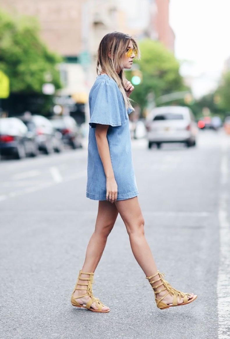 denim-shirt-dress-via-gladiator-sandals-fringe-via-www-640x943