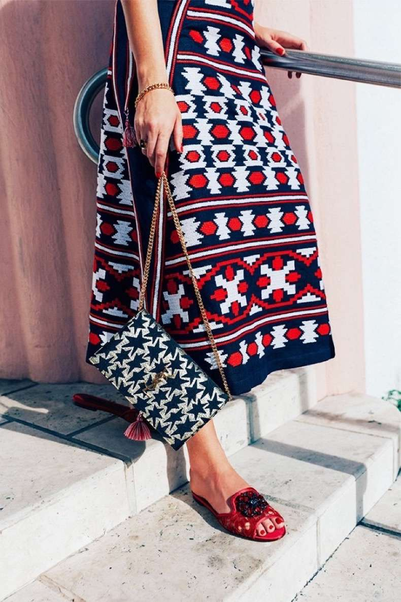 it-girl-secrets-to-being-best-dressed-on-vacation-1873350-1471472385-640x0c