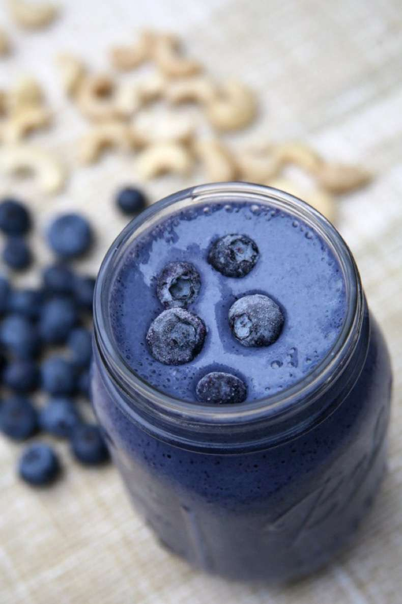 blueberry-cheesecake-smoothie