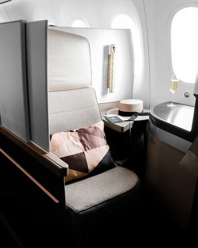 etihad-airways-business-class-beige-renegade-3