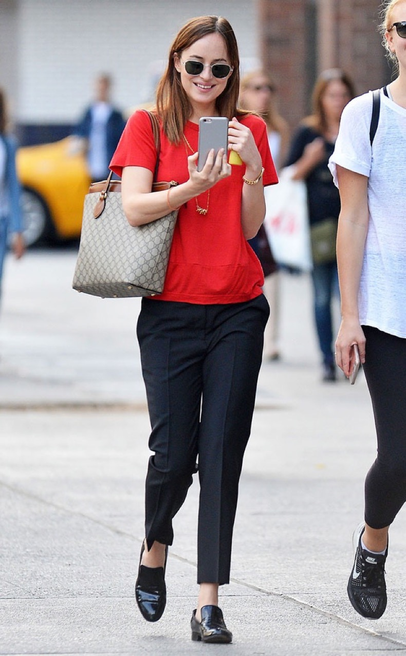 rs_634x1024-161018093533-634-dakota-johnson-nyc-jr-101816